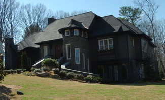 house-built-for-abc-show-in-foreclosure.jpg