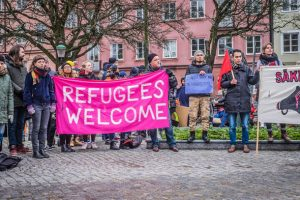 swenden- refugee welcome sign